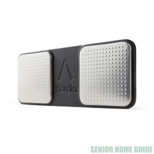 AliveCor KardiaMobile is only about 3 inches long.