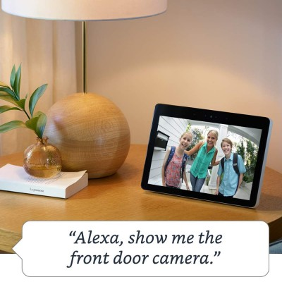 Echo Show displaying the front door camera