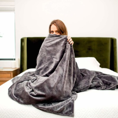 The Mosaic weighted blankets come in very soft and comforting fabrics