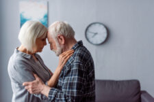 Red light therapy for dementia: woman and man